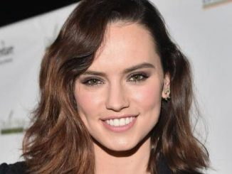 Daisy Ridley Wiki, Biography, Dob, Age, Height, Weight, Affairs and More
