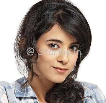 Saba Azad Height, Weight, Age, Wiki, Biography, Boyfriend, Family