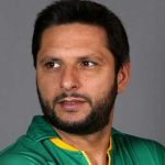 Shahid Afridi Height, Weight, Age, Biography, Wiki, Salary, Wife, Family