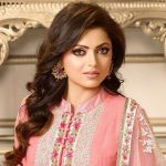 Drashti Dhami Biography, Age, Height, Wiki, Husband, Family, Profile