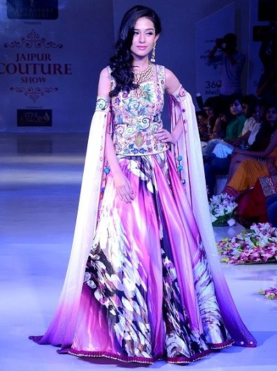 Amrita Rao ramp walk at Jaipur Couture Show Season 2