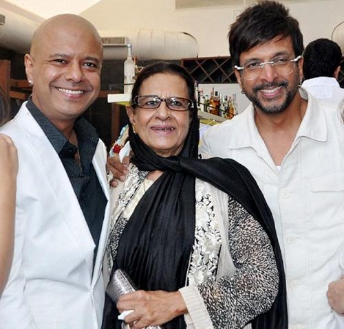 Javed Jaffrey with his mother and brother