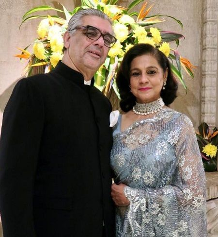 Karan Boolni's parents